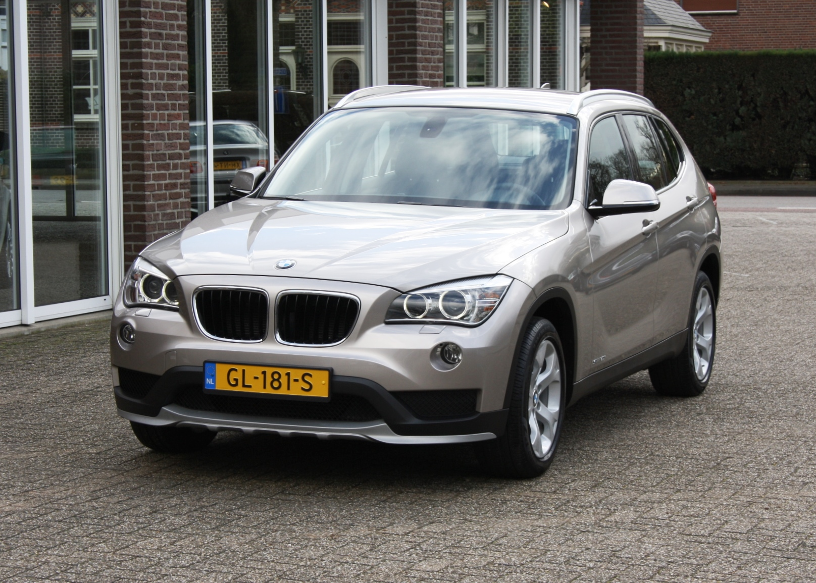 bmw x1 s drive automaat 2015 pouls autotechniek. Black Bedroom Furniture Sets. Home Design Ideas